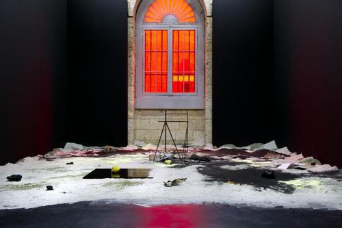 Sebastian Hammwöhner, Untitled, 2011. Exposition Dystopia, 2011, CAPC. Photo F. Deval.