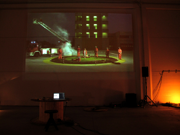 Zootropio 5/6-11-2011 – Debora Vrizzi, 'Switch me off', video hd, 4'35'', 2009.